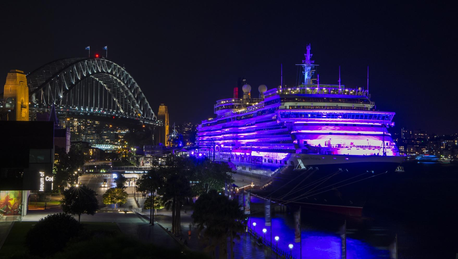 Queen Victoria illuminated in purple at Sydneyu0027s Circular Quay for International Womenu0027s Day 2016 Credit - & International Womanu0027s Day | Show Technology Australia azcodes.com