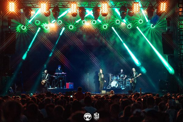 Claypaky Lighting Fixtures Shine at Summer-Ending Festival 39 Aout in France